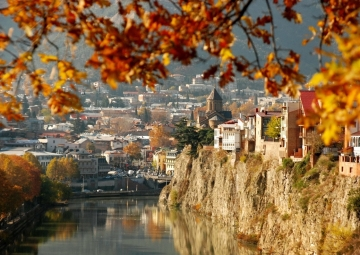 по Тбилиси и ближнему кругу